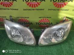 Фара передняя Toyota Avensis 250