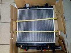 Радиатор Mazda Demio, Ford Fiesta 00-02 (2 верх. крепления), SAT