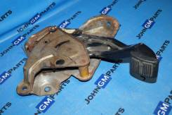 Педаль стояночного тормоза 15155147 Chevrolet Tahoe GMT410
