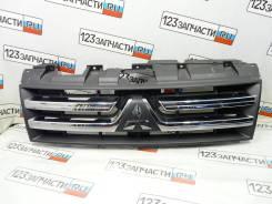 Решетка радиатора Mitsubishi Pajero V97W 2007 г