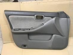 Обшивка двери Nissan Laurel HC35, передняя левая