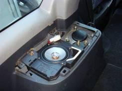Куплю два задних корпуса от динамиков для Toyota Sprinter Carib ae114