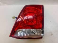 Вставка правая в крышку багажника Toyota Land Cruiser (2007-2012)