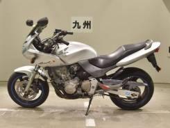 Honda Hornet, 2001