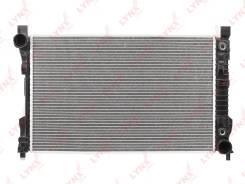 Радиатор охлаждения двигателя Mercedes C (W203)/CLC (CL203)/CLK (C209)