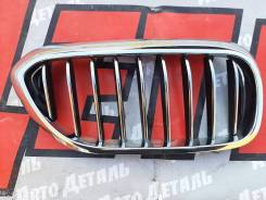 Решетка переднего бампера правая BMW 5 G30 2017