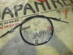 Тросик ручного тормоза Nissan Laurel, правый