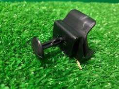 Клипса бампера к подкрылку Toyota Probox / Succeed NCP165 2012-2020