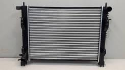 Радиатор охлаждения Renault Logan