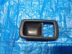 Накладка на ручку двери Camry Vista CV30 SV30 SV32 SV33 SV35 VZV30 VZV