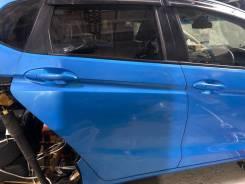 Дверь правая передняя Honda Fit GP5