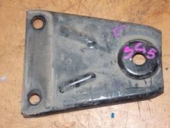 Крепление балки редуктора левое Subaru Forester SG5