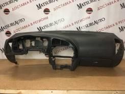 Панель приборов (торпедо) Mitsubishi Lancer 2000