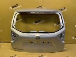 Дверь багажника Nissan Terrano [9010000Q0A], задняя