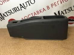 Центральная консоль Mitsubishi Lancer 2000