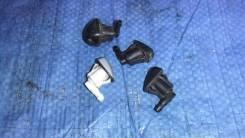 Жиклер омывателя Toyota Camry Gracia SXV20