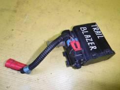 Клапан продувки адсорбера Chevrolet TrailBlazer GMT360 LL8 25950499