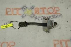 Ограничитель двери задний правый Subaru Legacy (BH5) 1998-2003 [63302FC000]