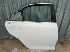 Тойота Камри 55 дверь задняя правая