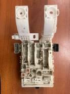Блок предохранителей Toyota VITZ 8273052d00