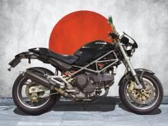 Ducati Monster 900, 2001