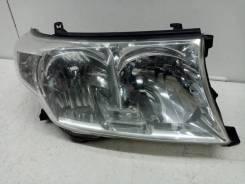 Фара правая Toyota Land Cruiser 10 (200 Series) [8113060C71]