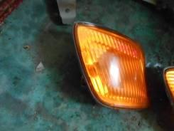Габарит правый цвет 057 Toyota Ipsum 99, SXM15, #XM1#, 3S-FE
