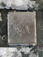 Продам радиатор охлаждения на Nissan Largo Kugnc22