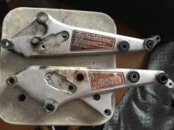 Кронштейн подножек CB750F CB900F