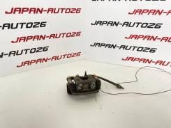 Суппорт задний правый Nissan Serena C25