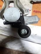 Моторчик стеклоподъемника левый [8571035180]