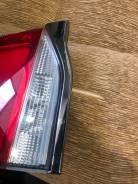 Хром накладка на стоп-сигнал левая Toyota LAND Cruiser 200 2016+ 3 мод