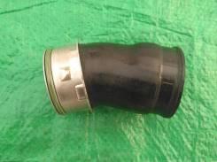 Патрубок интеркулера 1K0145828F Шкода Октавия А5, VW, Ауди