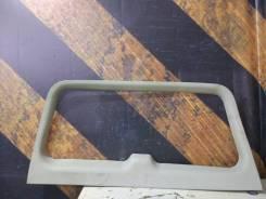 Обшивка крышки багажника Cadillac Escalade 2002 [15073502] LQ9