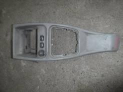 Консоль между сидений Lada Калина 2007 21114