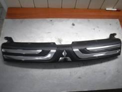 Решетка радиатора Mitsubishi Outlander 3 Gf 2014 [7405A743] 4B11