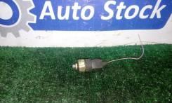 Датчик давления масла (Двс) Nissan Wingroad [2524089960] WFY11 QG15