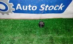 Клепление трубки кондиционера Toyota Ipsum 1998 SXM15 3SFE