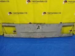 Решетка радиатора Mitsubishi Delica [S49K50710001] SKE6V [82050]