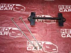 Крепление аккумулятора Mitsubishi Pajero Io 2000 H76W-0122782 4G93