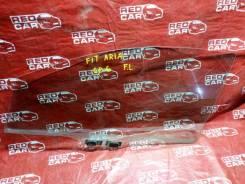 Стекло двери Honda Fit Aria GD6, переднее левое