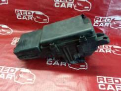 Блок предохранителей под капот Honda Legend 2004 KB1-1002826 J35A