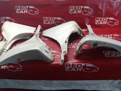 Накладка на крыло Toyota Ist 2002 NCP61-0007975 1NZ-2300529