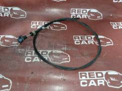 Трос капота Mazda Proceed Marvie 1996 UVL6R-101536 WL