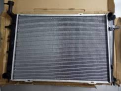 Радиатор охлаждения Hyundai Tucson / Sportage II 2.0