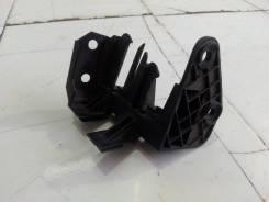 Кронштейн электропроводки [06K971497D] для Audi A4 B8 [арт. 522651]