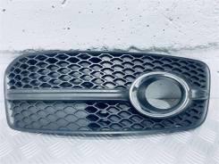 Рамка фары противотуманной правой Audi Q5 Год: 2014 [8R0807682F, 8R0807682E]
