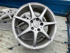 Продам комплект литых дисков из Японии R17 5/114.3 Lida