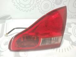 Фонарь крышки багажника правый Toyota Avensis Verso 2002 2.0 D-4D