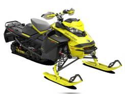 2022 BRP Ski-Doo Renegade X-RS, 2021